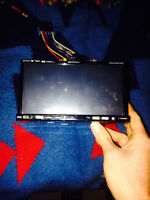 SOUNDSTREAM DOUBLE DIN FOR SINGLE DIN FLIP OUT