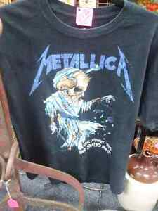 Metallica T-Shirt Prince George British Columbia image 1