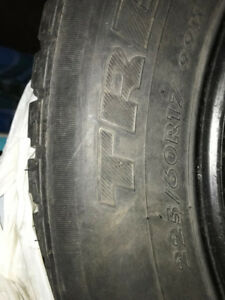 Nissan Rogue Winter Tires-225/60R17