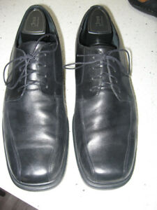 Rockport Leather Lace Up Shoes....Size 12 Wide