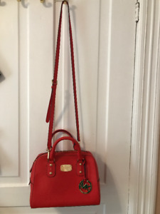 Micheal kors red handbag/ purse - Excellent condition,never used