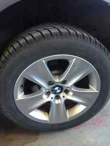 BMW winter MAGS + Runflat Tires - almost new /Pneus et Mags Gatineau Ottawa / Gatineau Area image 2