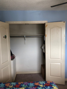 Rooms for rent-available immediately (Ajax/Pickering Church St
