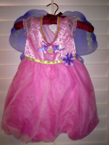 Fun Girls Barbie Thumbelina Costume with Wings MINT!