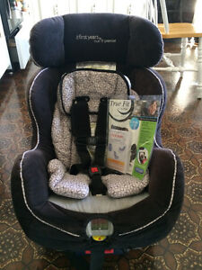 CAR SEAT; The First Years True Fit Premier