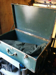 military storage box 31 long 19 wide 12 high