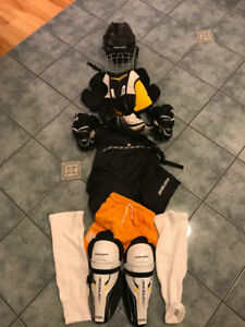 Ensemble de hockey junior (2 ensembles)