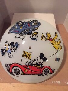 VINTAGE DISNEY MICKEY MOUSE GLASS CEILING LIGHT SHADE