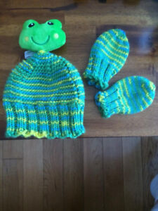 Interested in learning to Knit/Crochet?