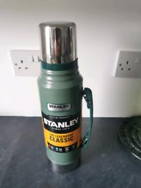 Stanley Legendary Classic Vacuum Bottle 1L , new unused.