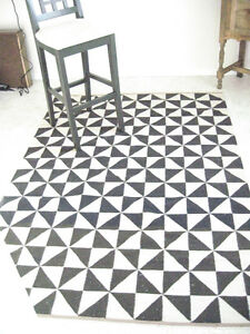 Patterned Rug Strathcona County Edmonton Area image 2