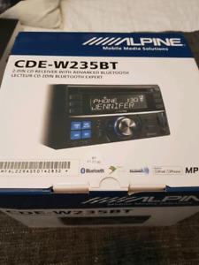 Alpine audio deck with bluetooth