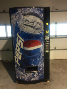 Distributrice a liqueur / PEPSI Vending Machine