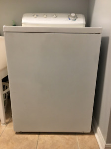 Selling Frigidaire Washer and Dryer