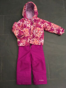 Columbia Buga girls snowsuit, size 3T.  Like-new condition.