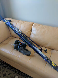 ALMOST NEW. Women's X-country ski set. Used twice.