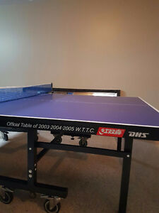 Official tournament ping pong table
