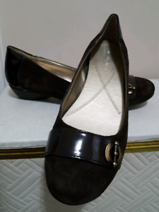 ladies shoes black