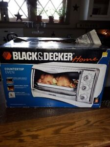 Black and Decker Counter Top Oven like new
