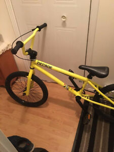 BMX jaune Flash