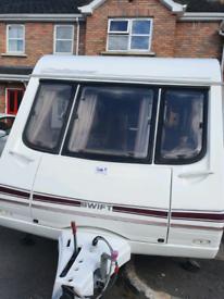 Swift caravan (2000)
