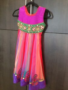 Extra fancy... Highly decorated Indian wedding/ceremony dresses! Cambridge Kitchener Area image 5