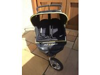 Outnabout nipper double pushchair
