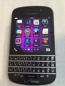 Blackberry Q10 Factory Unlocked Excellent Condition