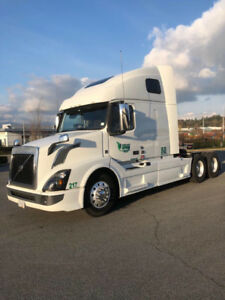 2016 Volvo 670 with or without job to Seattle, wa
