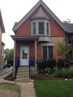 Beautiful Recently Renovated Downtown House - Room for Rent