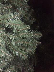 Large, Full 9' Artificial Christmas Tree