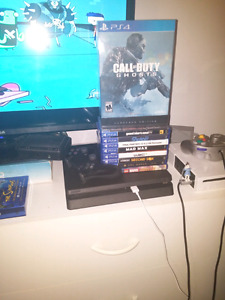 PS4 SLIM A TRADER SEULEMENT