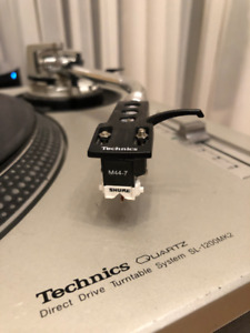 Technics SL 1200 MK2 Silver with Flight Case