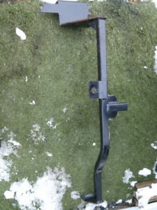 Kia forte 5 Accessory Hitch  fits 2011-14  Used  $60 obo
