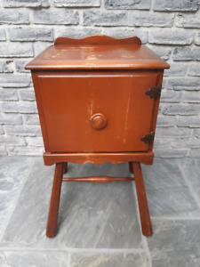 ANTIQUE CHERRY WOOD PRIMATIVE CABINET TABLE