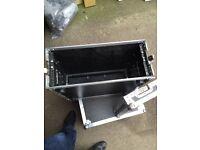 4u flight case / amp rack