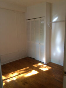 JULY/AUGUST Sublet 4.5 Apt in St. Henri with backyard.