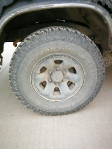 Five 35 inch tires with 15 inch rims $800 obo