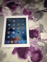 Mint Condition 16 gig iPad 2 With Charger & Case