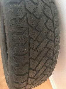 pneus d'hiver P185/65R14