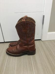 Women's Ariat Cowboy Boots Forsale