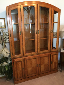 FOUR DOOR WOOD and GLASS CHINA / DISPLAY CABINET