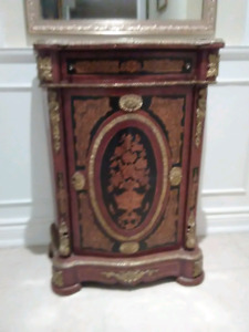 French Antique display table