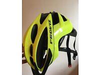 Proviz cycle helmet 57-62cm adjustable with lights excellent condition
