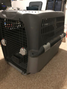 DOGIT XL DOG CARGO CRATE GENTLY USED
