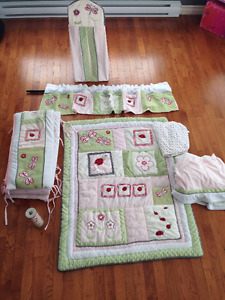 7 PIECE, LADY BUG CRIB ENSEMBLE
