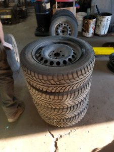 Volkswagen rabbit/golf tires on rims 195 65 r15 - Winter tires