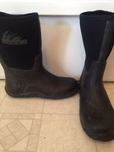 Itasca Rubber Boots Size 7 Mens