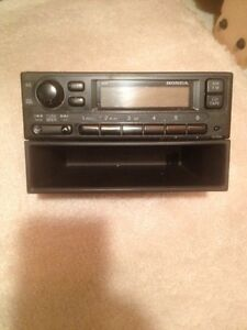 Honda radio for 2000 honda civic Strathcona County Edmonton Area image 1