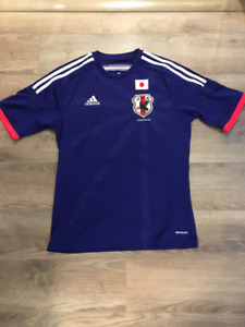 Japan soccer jersey - Mens (Large in Japan, Medium in NA)